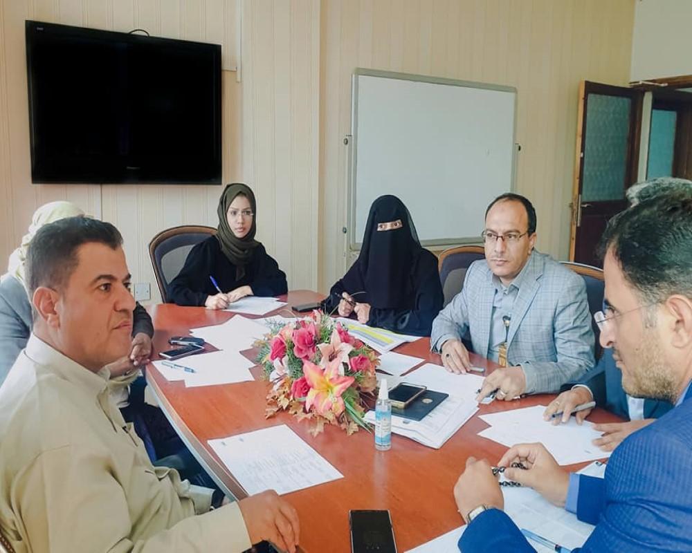 اجتماع إدارة المركز مع الوحدة التنفيذية للرؤية الوطنية في التعليم العالي